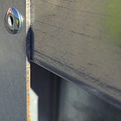 kantrust på galvaniseret stålplade