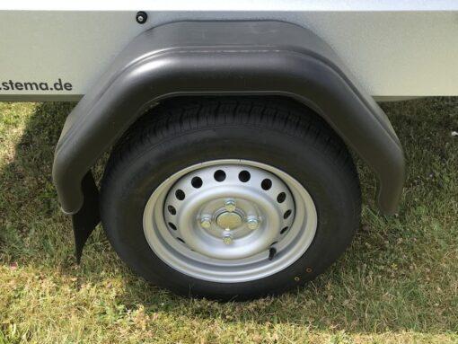 Stema FT 750 med bremse leveres med 145-80R13 hjul