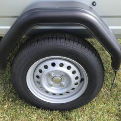 Stema OPTI 750 med R13 hjul og 145-80 dæk