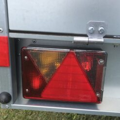 Stema OPTI 750 med multipoint baglygter venstre side