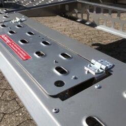 Stema ATOUR-ATEO Grande har vip-bar nummerpladeholder