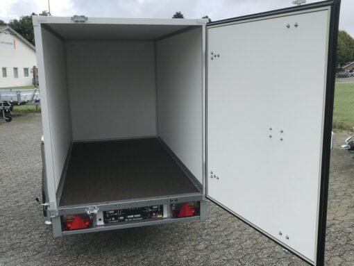 Stema Box 251x129x148 - 750kg set med åben dør bagfra