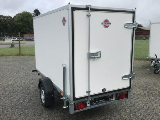 750 kg kassetrailer   Stema Box 251x129x148 set skraat bagfra
